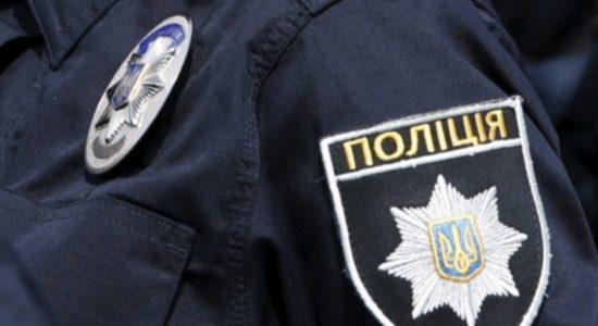 Львівські герої патрульні врятували хвору бабусю