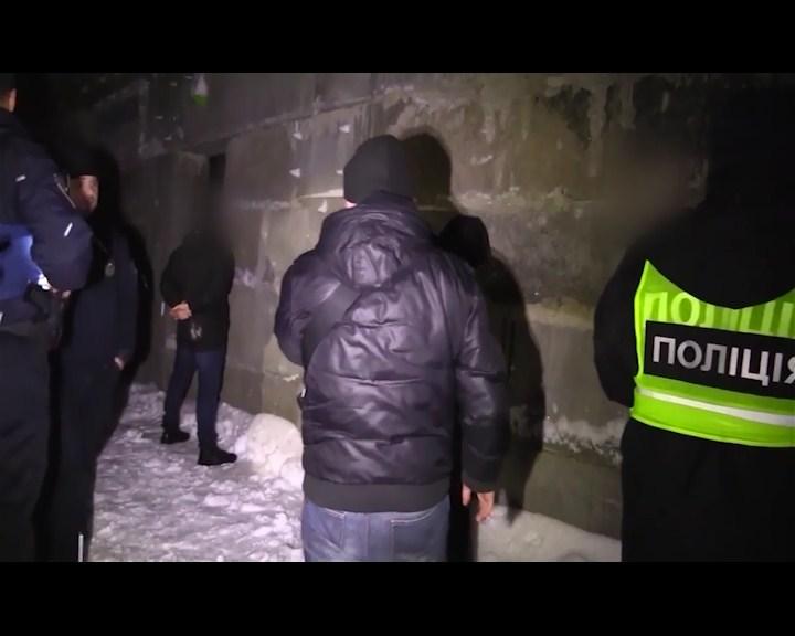 викрадення зупинка, копи, кримінальні новини, новини Києва, Новини України, поліція, поліція Києва, правоохоронці