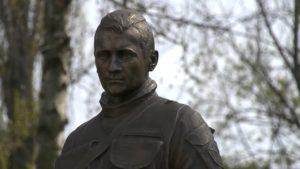 У Києві відкрили пам'ятник харків'янину Мирославу Мислі