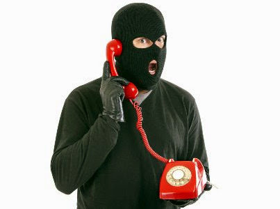 ПриватБанк не розсилає своїм клієнтам SMS з мобільних номерів