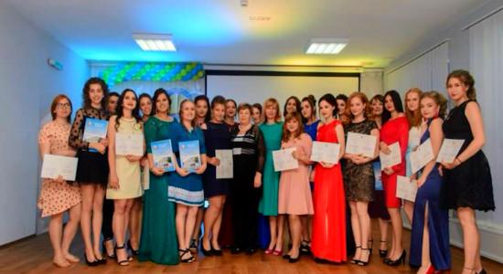 У КЗ Харківська гуманітарно-педагогічна академія відбулося урочисте вручення дипломів