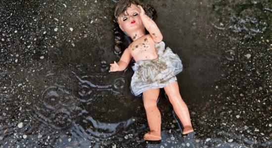 На Київщині зниклих дітей знайшли мертвими - підозрюють матір