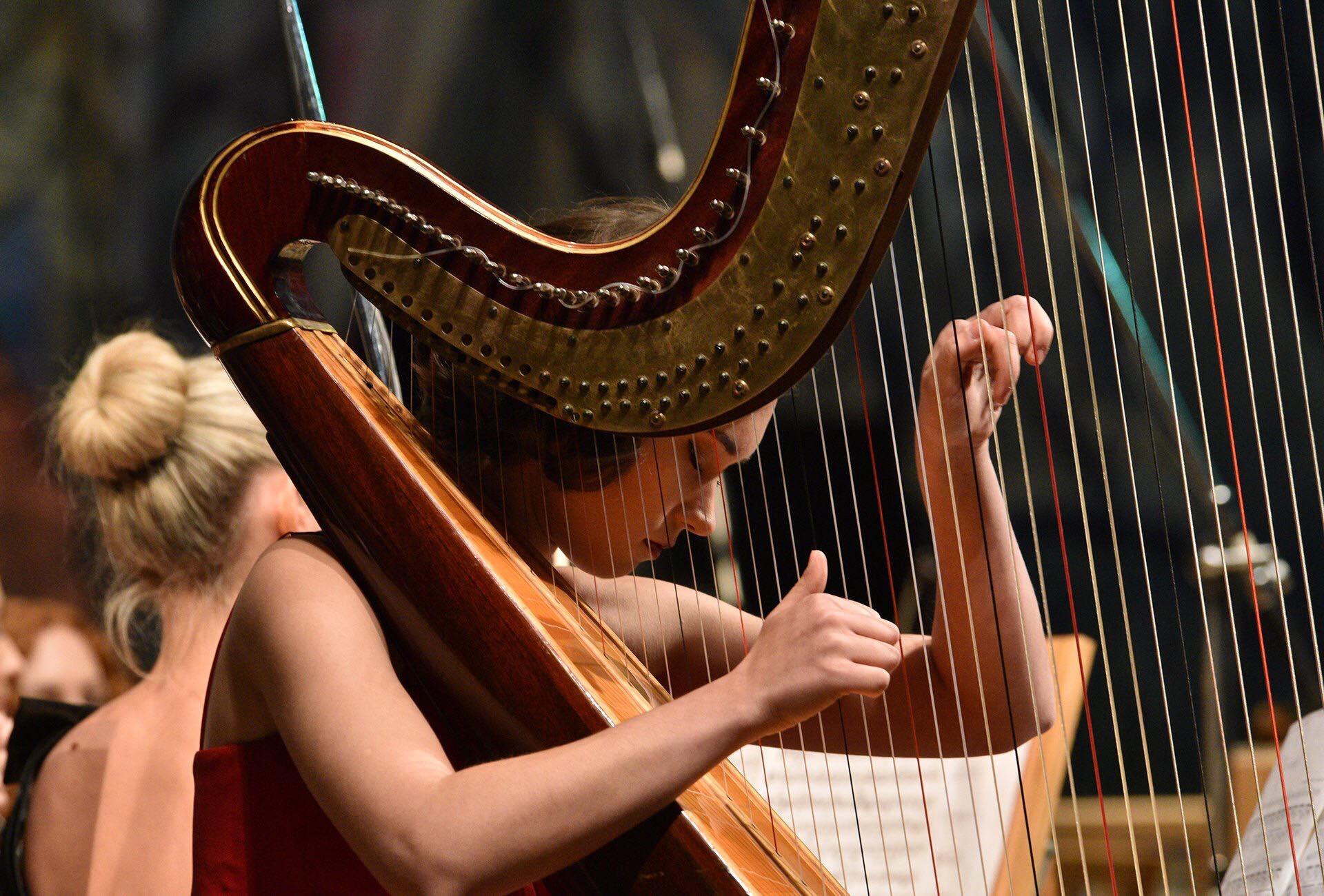 Концерт «Класична Феєрія» на сцені ХНАТОБ відкриє виступ хору дітей з порушеннями зору (21.12)
