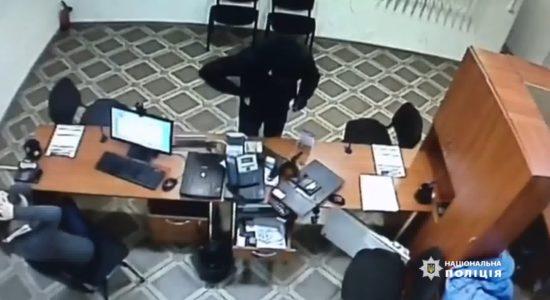В Одесі затримали грабіжника кредитних установ