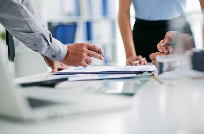 Повідомлення про прийняття на роботу необхідно подати до початку роботи працівника