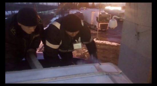 #кримінальніНовини, контрабанда цигарок, прикордонники, Росія квітів величезна партія цигарок - прикордонники затримали контрабанду з Росії
