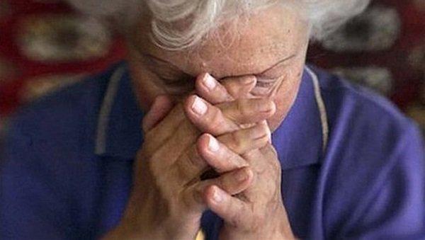 пенсіонери, шахраї, Суми