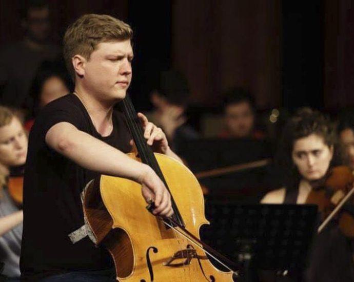 Харківська філармонія: Олексій Шадрін виконає Концерт для віолончелі з оркестром мі мінор (10.08))